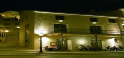 Enoturismo con alojamiento en Hotel Rural RestauranteLa Façana para 2 personas