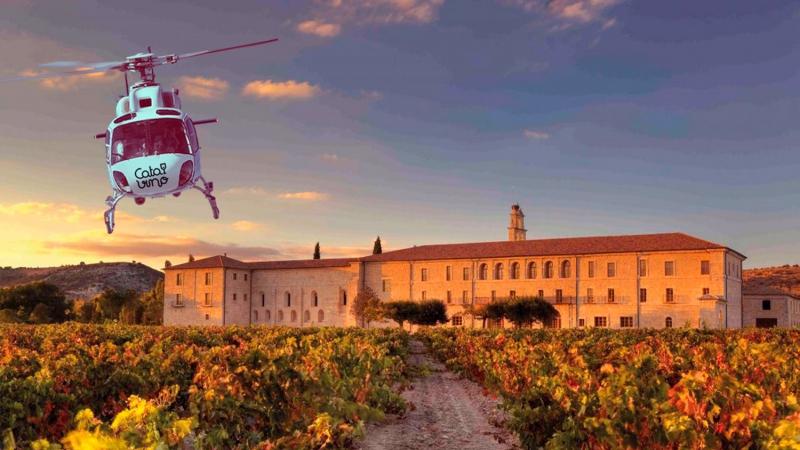 Enoturismo en helicóptero a Abadía de Retuerta, y paseo en 4x4 por el viñedo