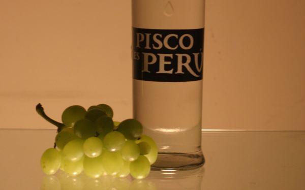Catando el vino de Perú. El Pisco.