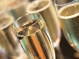 Alemania aumenta la importación de vino espumoso español.