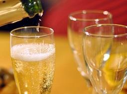 Así son las cualidades que debe cumplir el vino base del Cava.
