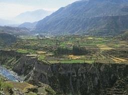 Enoturismo por descubrir: La comarca de Arequipa en Perú.