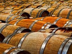¿Influye el secado de la madera de las barricas en el vino?